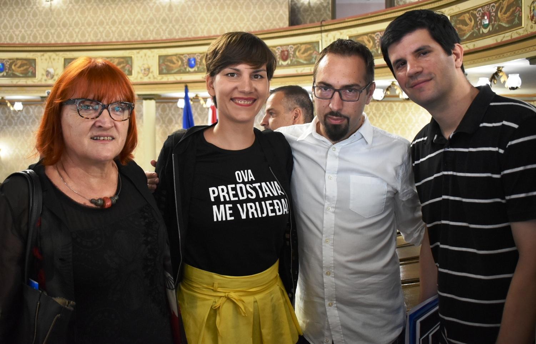 Igrokaz i politička trgovina u režiji Bandić-Esih, a Zagrepčani stavljeni na čekanje