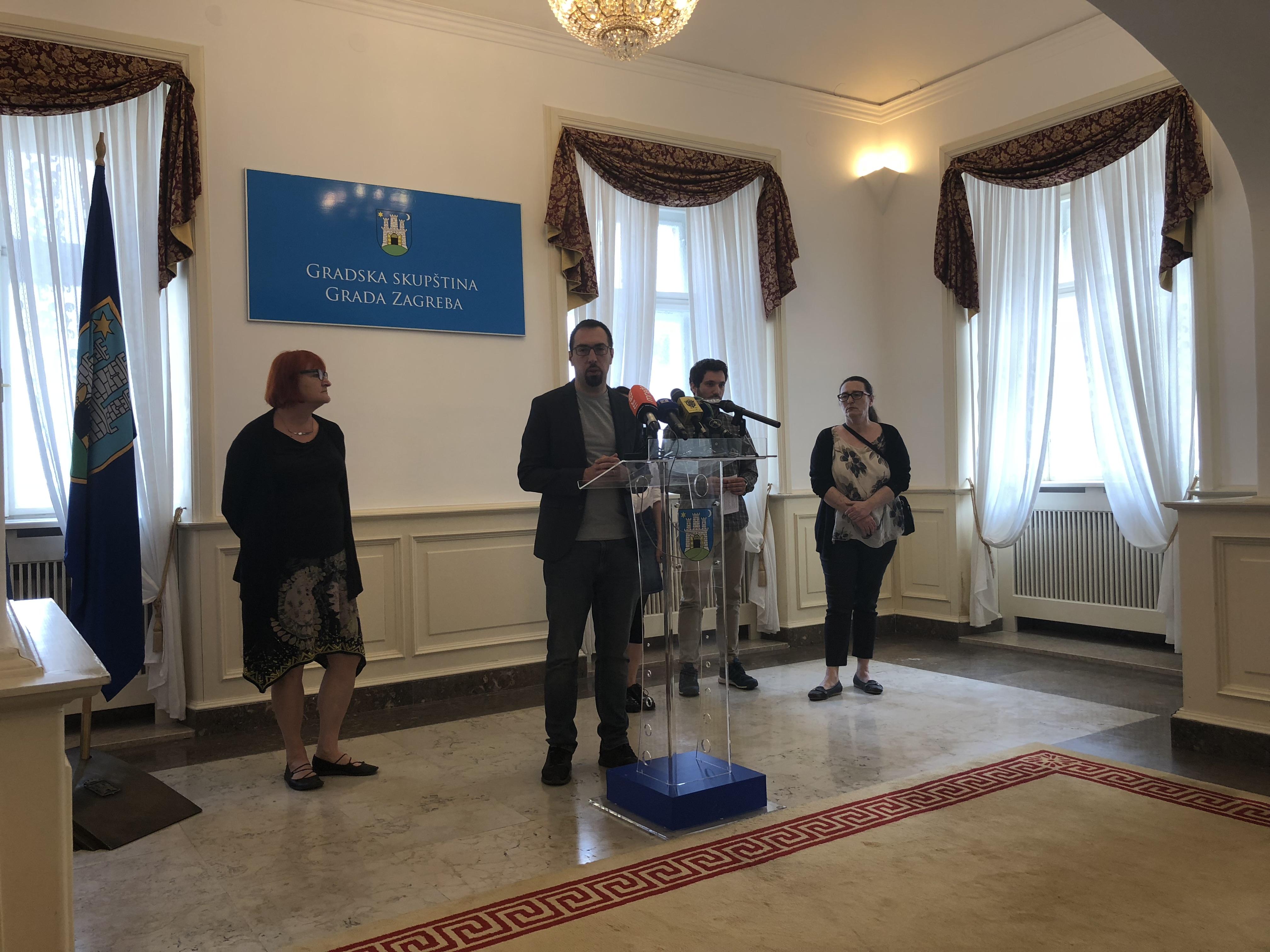 Klub zastupnika lijevog bloka o blokiranima, otkupu radničkih prava, planu gospodarenja otpadom i devastaciji Meštrovićeva paviljona