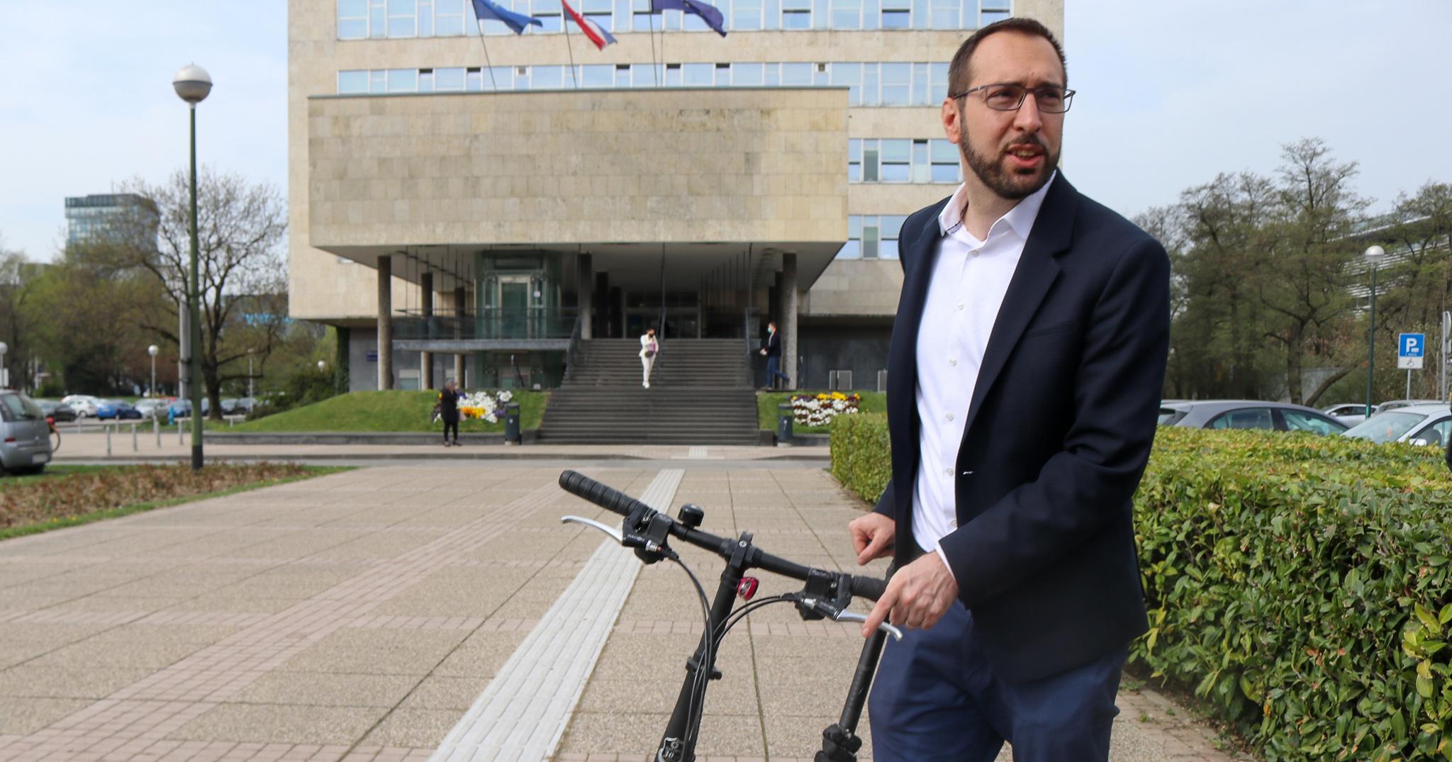 Tomašević: Jedna tvrtka osvojila 90% gradskih natječaja za najam vozila, vrijednih 52 milijuna kuna